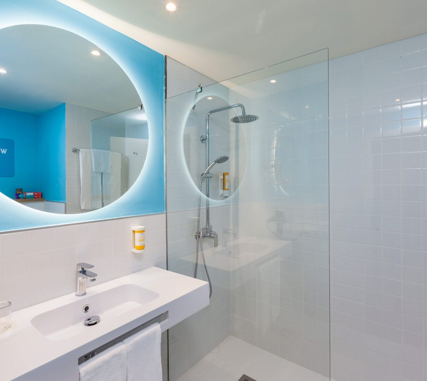 Baño abora interclub atlantic by lopesan hotels gran canaria