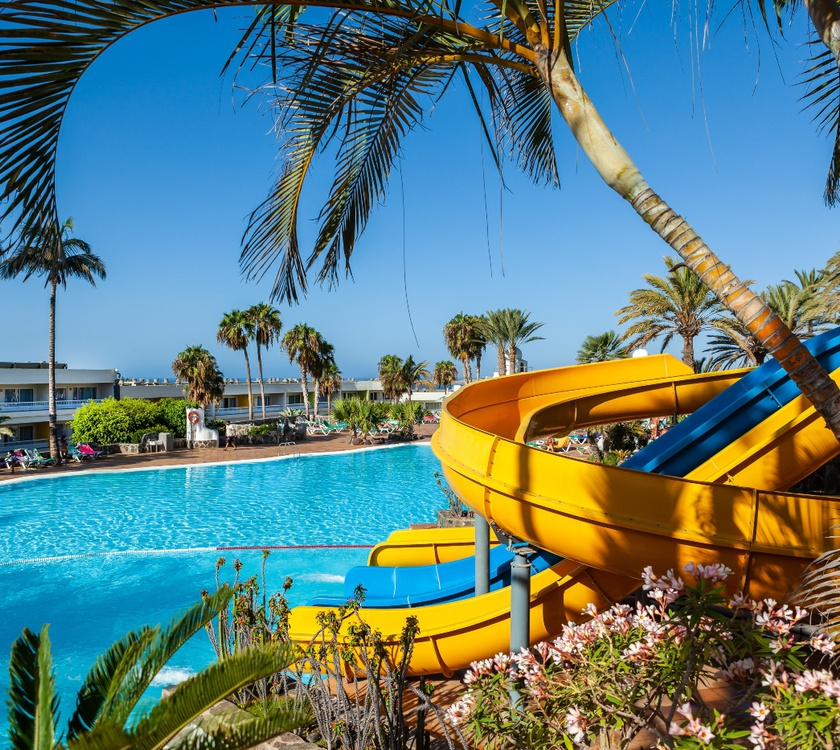Piscina exterior abora interclub atlantic by lopesan hotels gran canaria